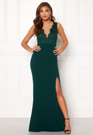 Moments New York Veronica Lace Gown 42